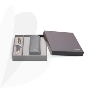 Rašiklių rinkinys SCRIKSS DR 203 Honour 38: plunksnakotis + tušinukas Black/ Gold + odinis dėklas, dovanų dėžutėje