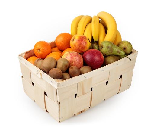 vaisiai biure: kriaušės, obuoliai, bananai, apelsinai, kiviai